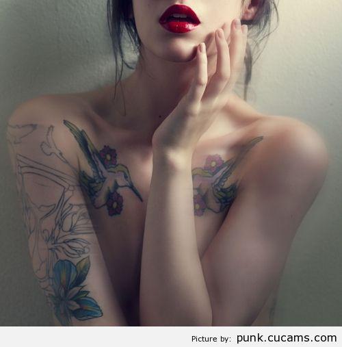Punk Cute Eyes by punk.cucams.com